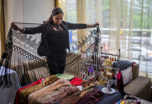 Sonia en un hotel de Nueva York presentando algunos de sus productos.